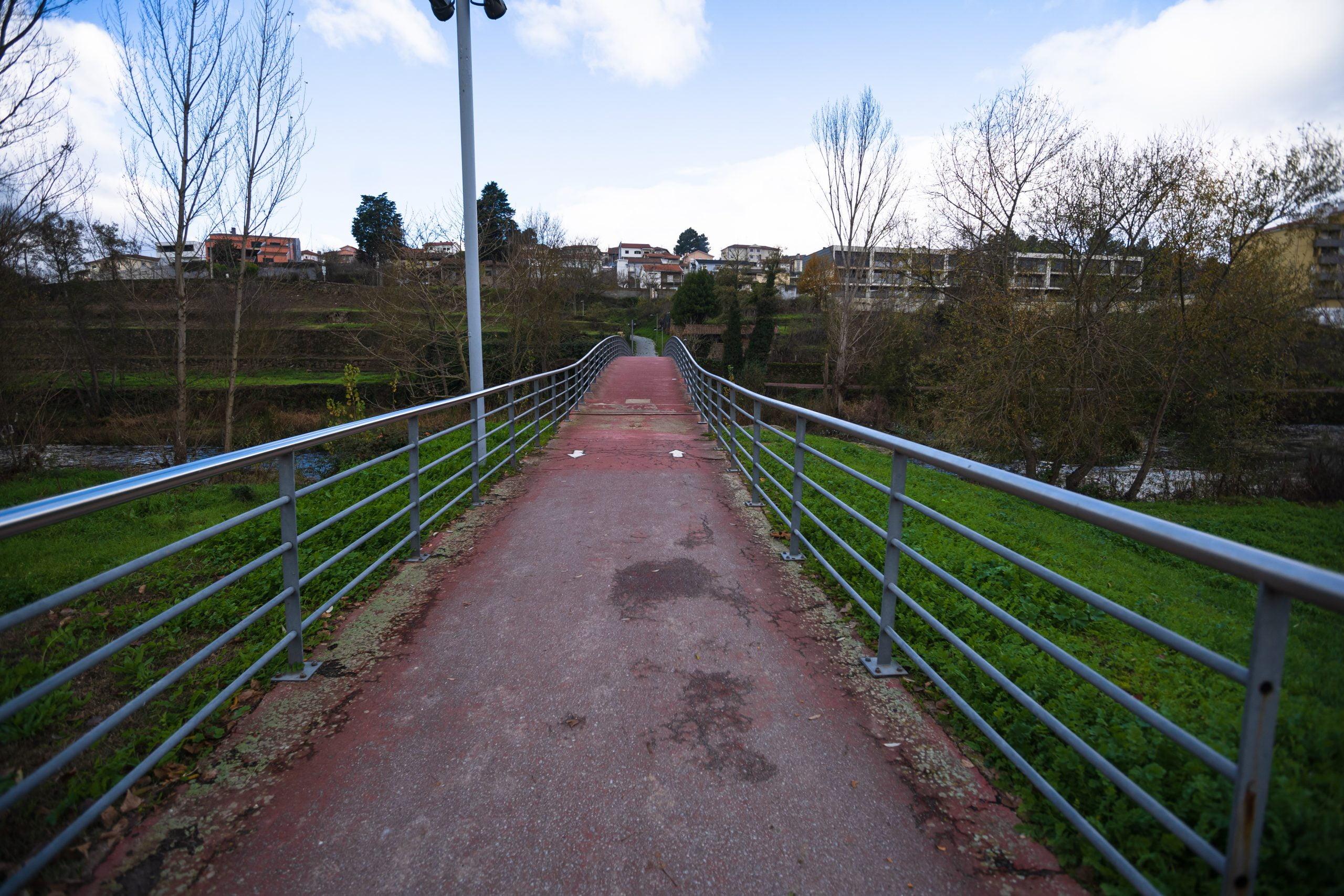 Ciclovia da margem direita do Tâmega entre o Açude dos Agapitos e a Ponte Eng.ª Barbosa Carmona