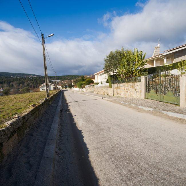 Requalificação Urbanística da zona Habitacional da Colina do Sol e Avenida Nuno Simões